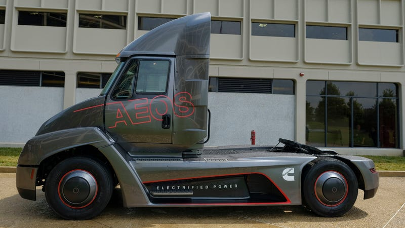 Heavy Duty Truck >> Cummins Beats Tesla To The Punch And Introduces An All Electric