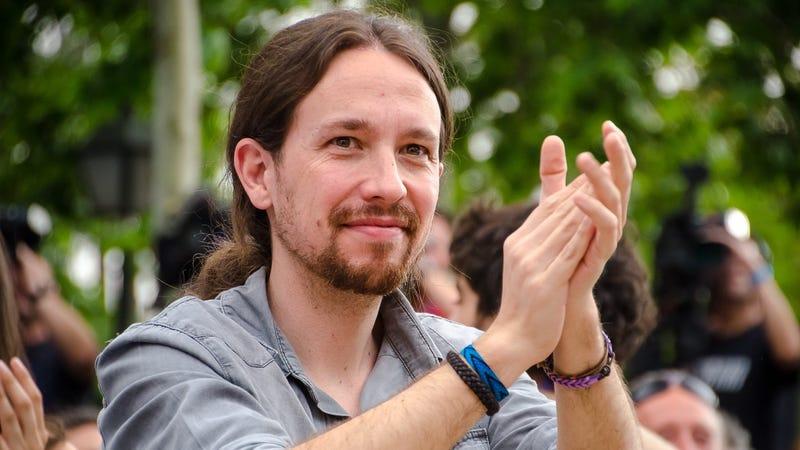 Illustration for article titled Podemos quiere anular la Ley de Propiedad Intelectual y la tasa Google