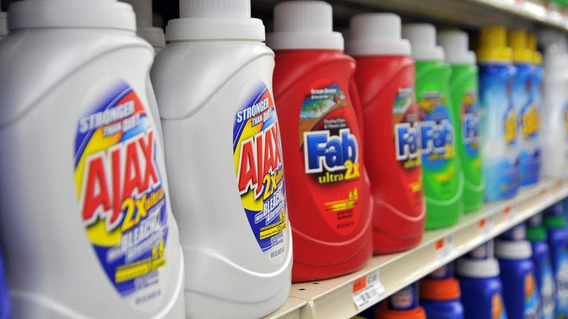 Illustration for article titled Does It Matter What Laundry Detergent I Use?