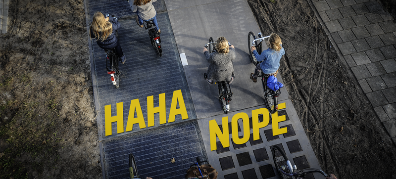 Illustration for article titled That Fancy New Solar Bike Path In Amsterdam Is Utter Bullshit