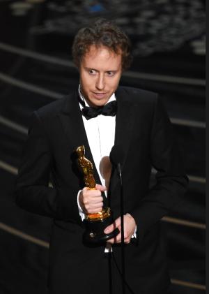 Illustration for article titled Eddig is irigyelhettük Nemes Jeles Lászlót, de ezért már nagyon! Frissítés! És most már megvan az Oscar is!!!!