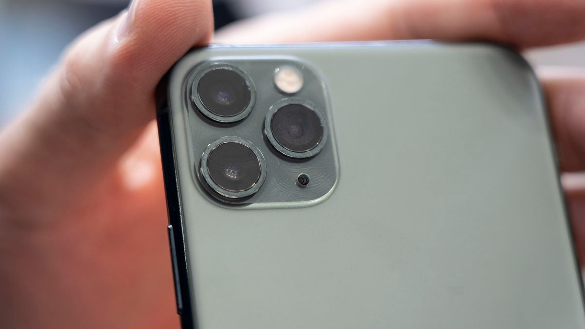 A First Look at the Triple-Camera iPhone 11 Pro