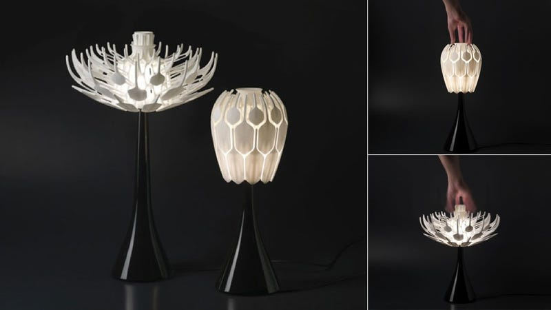 3D-Printed Table Lamps Bloom Like Flowers Filled with Light
