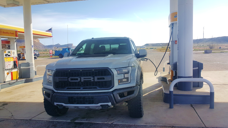 The 2017 Ford Raptor Is A Gas Sucking One Trick Pony But Nobody Cares