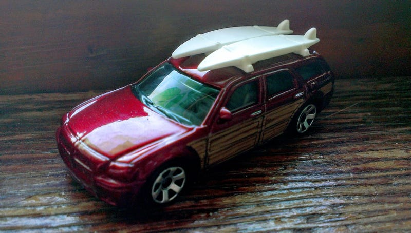 Illustration for article titled Woodie Wagon on the Windowsill Wednesday - Matchbox Dodge Magnum