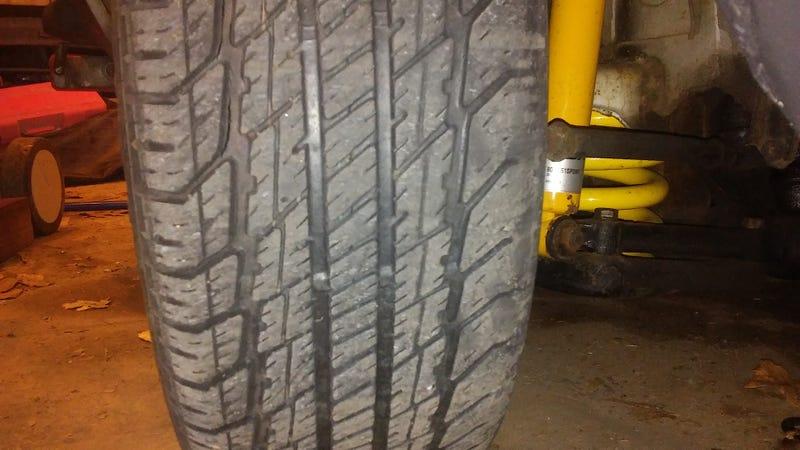 Illustration for article titled i should buy new tires