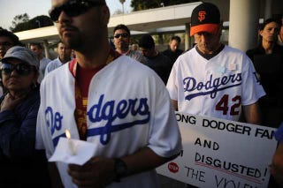 Illustration for article titled The Dodgers Decided It's Not A Good Idea To Sell Half-Priced Booze At Day Games