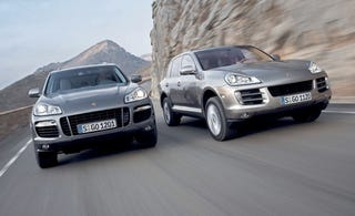 Illustration for article titled Russian Model Killed Protecting Her Porsche Cayenne