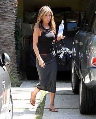 Illustration for article titled Celebrity Spokeswoman Jennifer Aniston Has Her Bottle Held Aloft