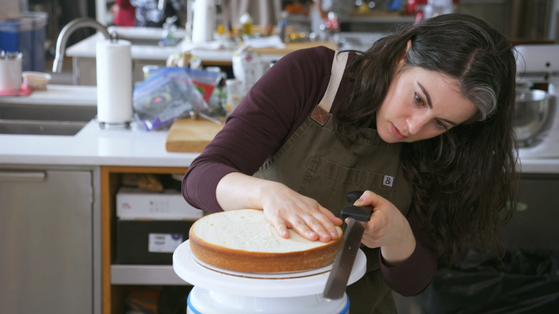 Illustration for article titled Bon Appétit's Claire Saffitz Will Teach You How to Bake a Cake