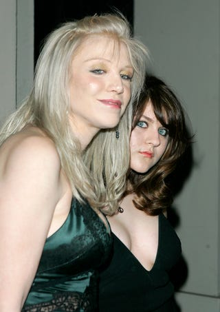Illustration for article titled Frances Bean Lashes Out At Mom Courtney Love
