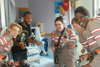 Illustration for article titled The New Ghostbusters Visit Boston Hospital In Full Costume