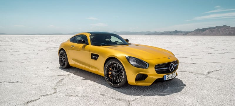 Illustration for article titled What Would The Mercedes AMG GT Look Like With Classic Headlights?