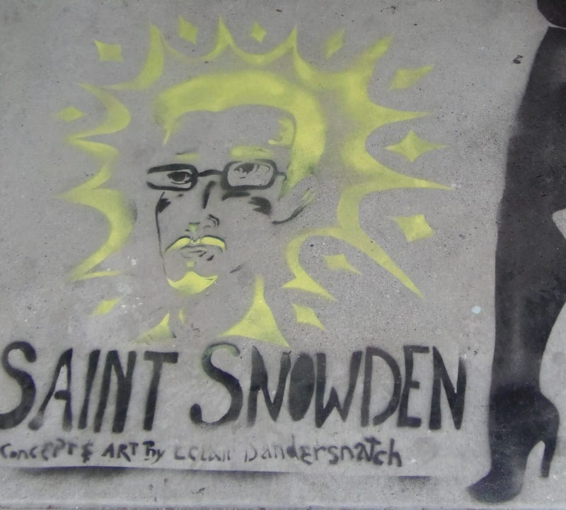 Illustration for article titled Eclair Bandersnatch: Street Artist for the Snowden Age
