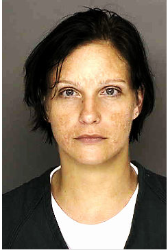 Illustration for article titled Nicole Bobek Made Fast Friends In Prison