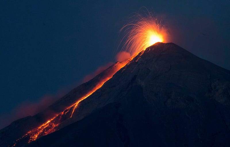 """Illustration for article titled Guatemala's """"Volcano of Fire"""" Lives Up to Its Name, Spectacularly"""