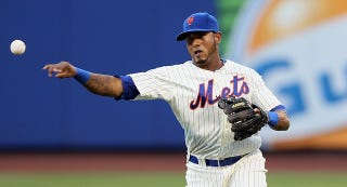 Illustration for article titled Mets Utility Player Jordany Valdespin Took A Fastball Right To The Dick