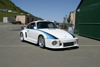 Illustration for article titled 1978 Porsche 930 Turbo W/ Race Body Kit…Seems Like Fun