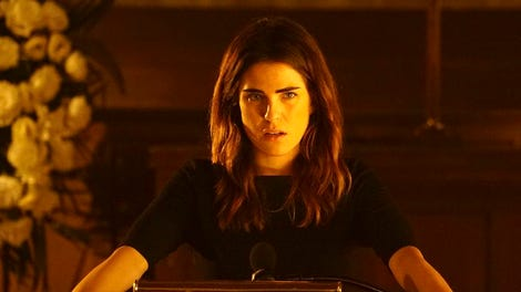 In season four premiere how to get away with murder rebuilds with on how to get away with murder karla souza kills it ccuart Image collections