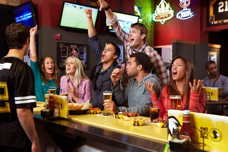 BTIG Research Reiterates Neutral Rating for Buffalo Wild Wings (BWLD)