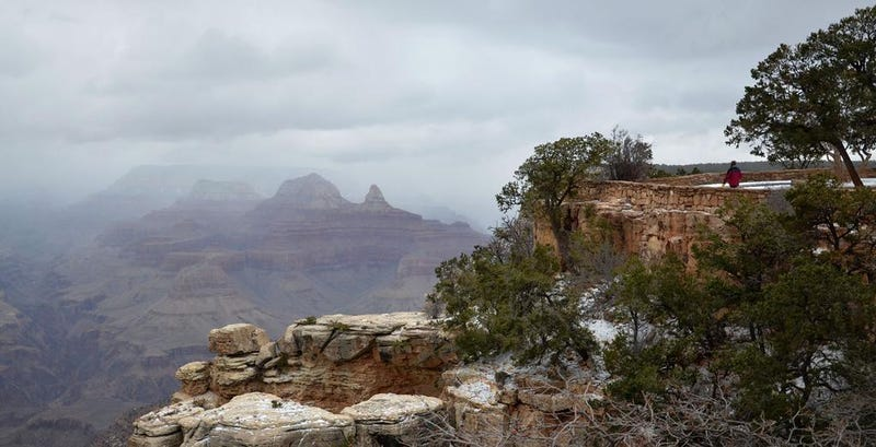 Illustration for article titled It's Snowing in the Grand Canyon Right Now, and It Looks Beautiful