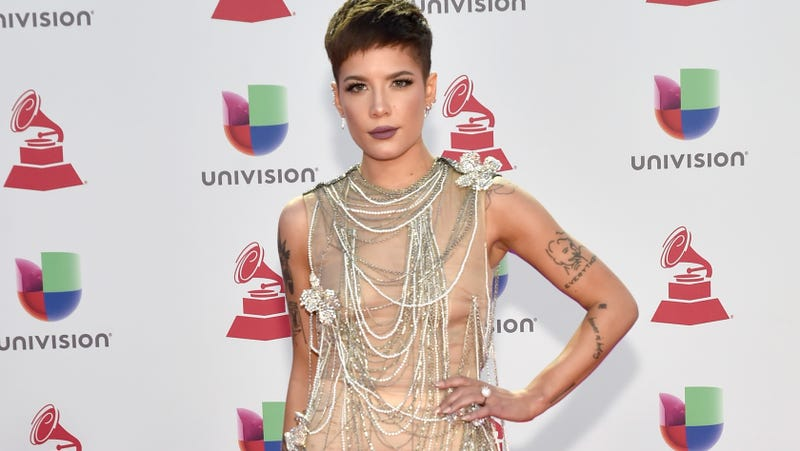 Illustration for article titled Halsey, Victoria's Secret Fashion Show Performer, Calls Out Victoria's Secret Fashion Show