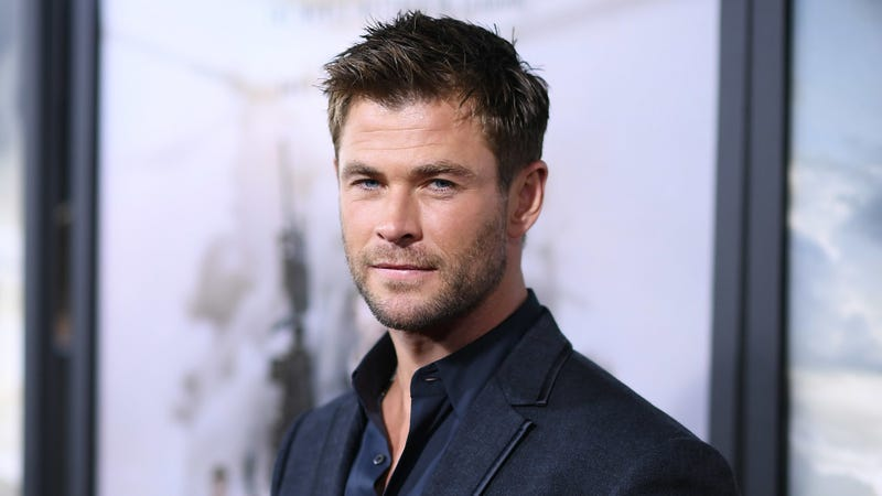 Illustration for article titled Chris Hemsworth in talks to star in F. Gary Gray's Men In Black spin-off
