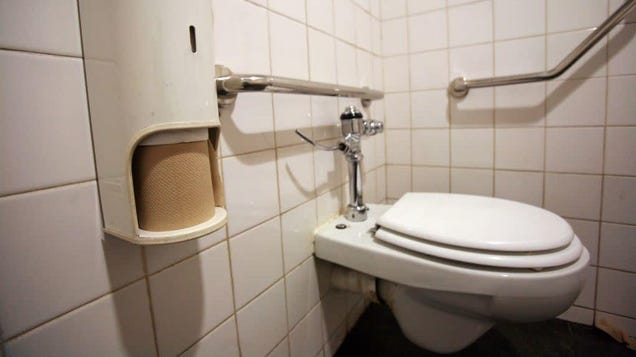 Toilets Can Blow Coronavirus Poop All Over the Place—You've Been Warned
