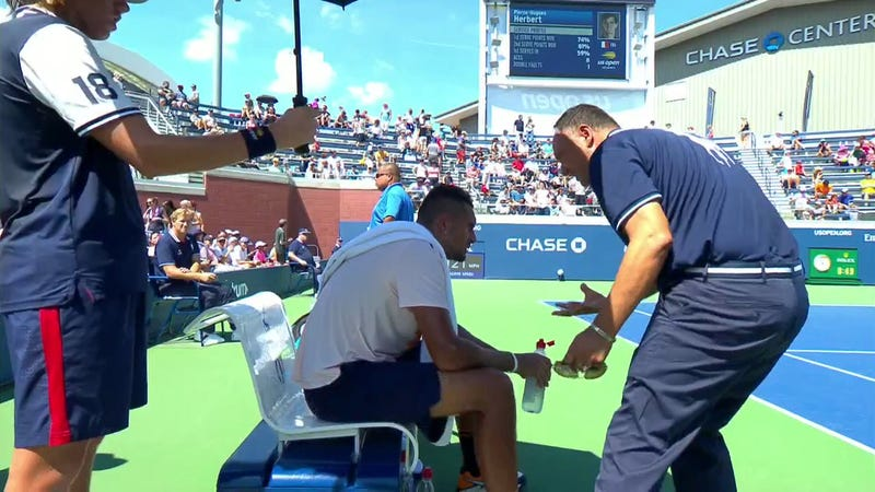 Illustration for article titled Umpire Who Gave Nick Kyrgios Pep Talk Gets Suspended For Two Tournaments Without Pay
