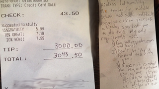 Illustration for article titled Waitress Gets $3,000 Tip, Joins Real-Life Pay It Forward Chain