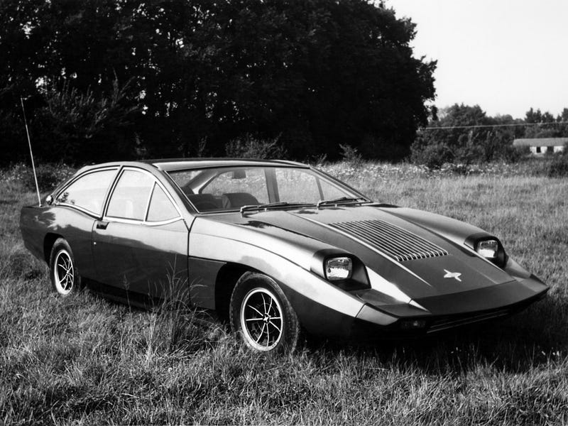 This is one of those rare cars where it's a GOOD thing that HQ images of it are hard to find.