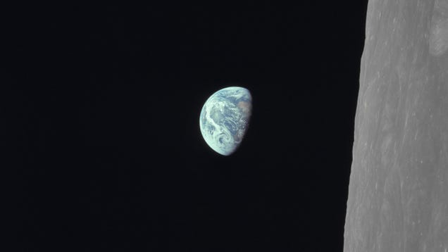 50 Years Later, the Iconic Apollo 8 Earthrise Photo Still Gives Us Chills