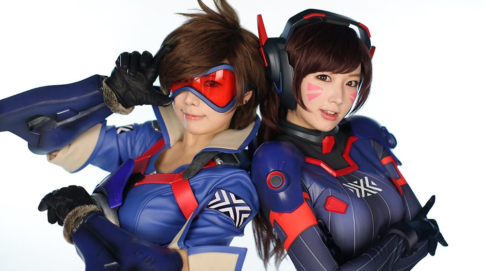 Overwatch Cosplay With An Esports Spin