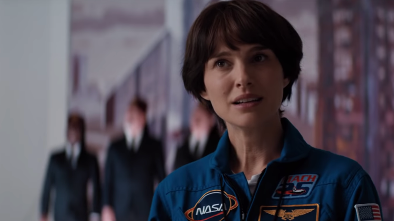 Illustration for article titled Natalie Portman Goes to Space, Comes Back Crazy in the Lucy in the Sky Trailer