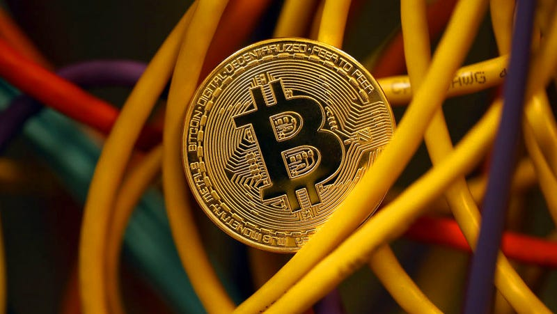 Illustration for article titled Indian Teen Wanted FBI to Recover Stolen Bitcoin, So He Threatened to Blow Up Miami Airport: Reports