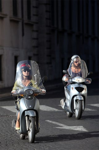 Illustration for article titled Hot Wheels
