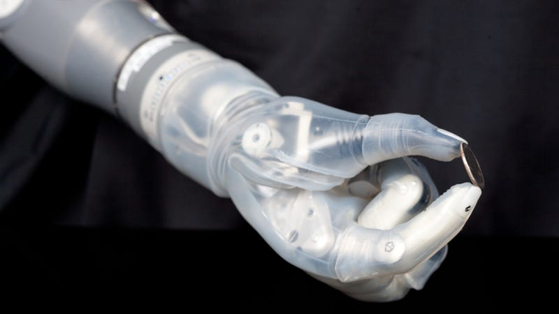 "Illustration for article titled The Pentagon's ""Star Wars"" Robotic Arm Just Got FDA Approval"