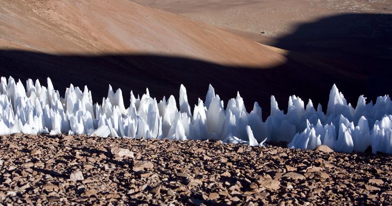 Penitentes en la meseta de Chajmantor, en Chile. Foto: ESO