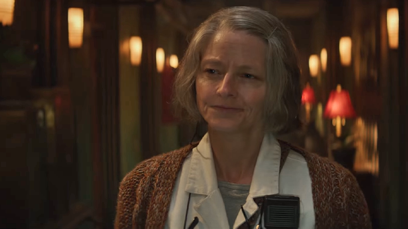 Jodie foster is a night nurse for the criminal underworld for 4 design hotel artemis