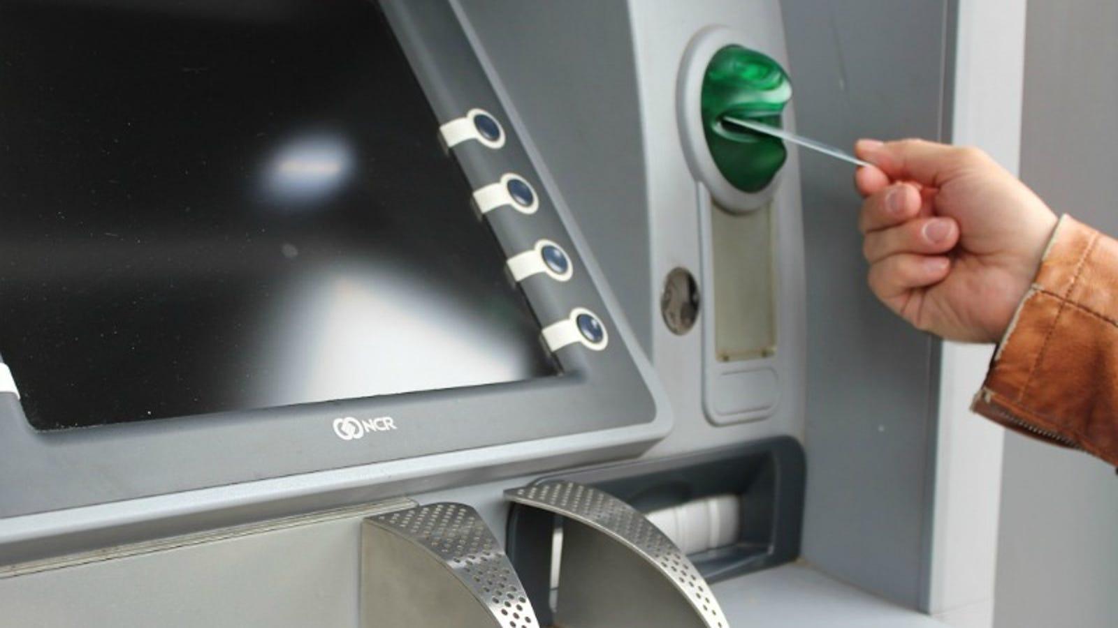 What Happens When Your Bank Loses a Cash Deposit