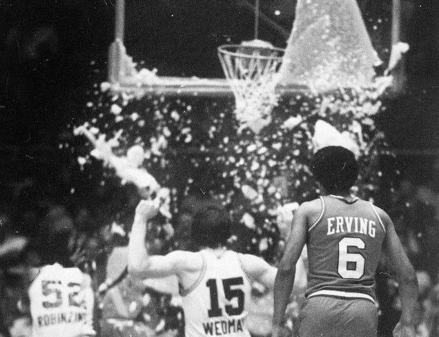Ex-NBA star Darryl Dawkins, aka 'Chocolate Thunder' dies