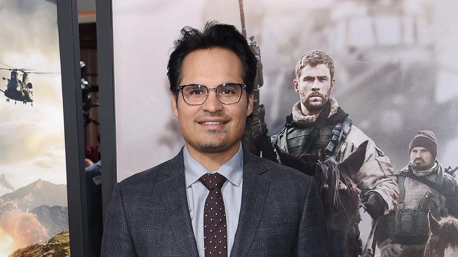 Michael Peña to play Mr. Roarke in a Fantasy Island movie