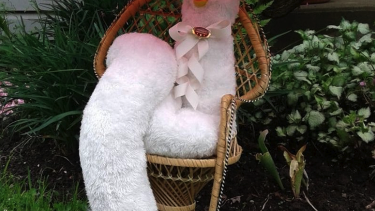 Meet LongFurby, the next step in the Furby's terrifying