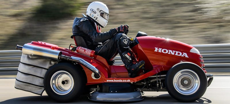 Illustration for article titled Watch And Hear Honda's 1000cc Lawn Mower Hit 130 MPH