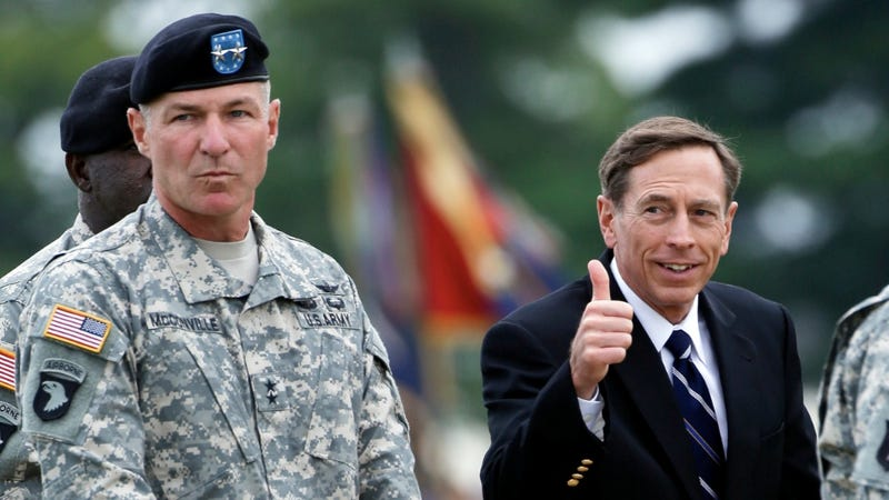Illustration for article titled Newsflash: Petraeus and Broadwell Are Very, Very Sad