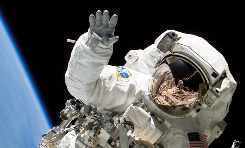 Illustration for article titled Por qué los astronautas no eructan en el espacio (o al menos no como lo hacemos en la Tierra)