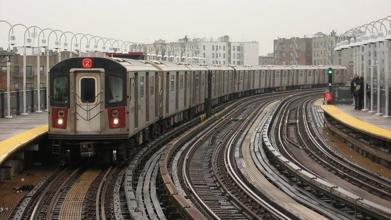Illustration for article titled Two Subway Cars In New York Were 'Covered In Feces' This Morning
