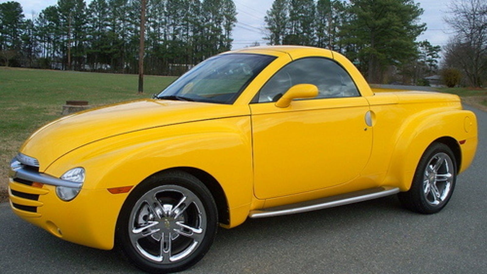 Pictures of chevy ssr