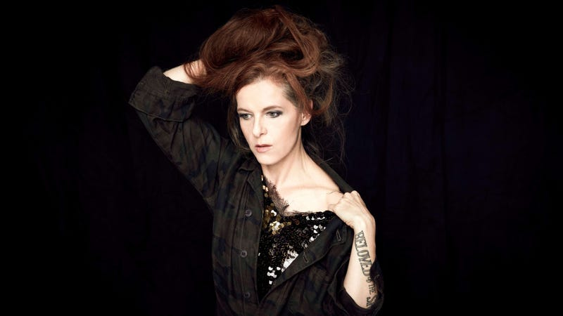 Illustration for article titled Neko Case is a force of nature on the masterful Hell-On