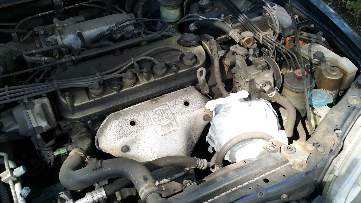 Here's How To Clean Your Dirty-Ass Engine Bay Without Screwing It Up